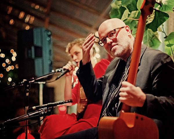 Ólöf Arnalds & Skúli Sverrisson at Café Flóra